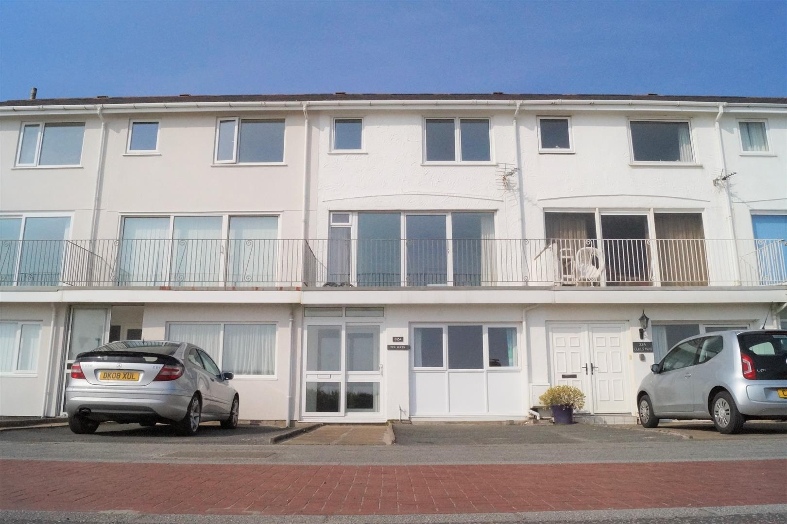 Victoria Parade, Pwllheli - £250,000/Offers over